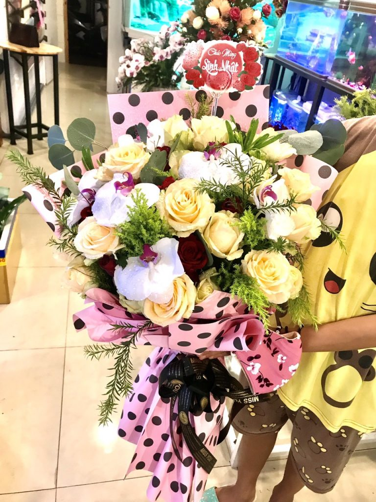 Hoa tặng người yêu từ cửa hàng hoa tươi huyện Phú Mỹ
