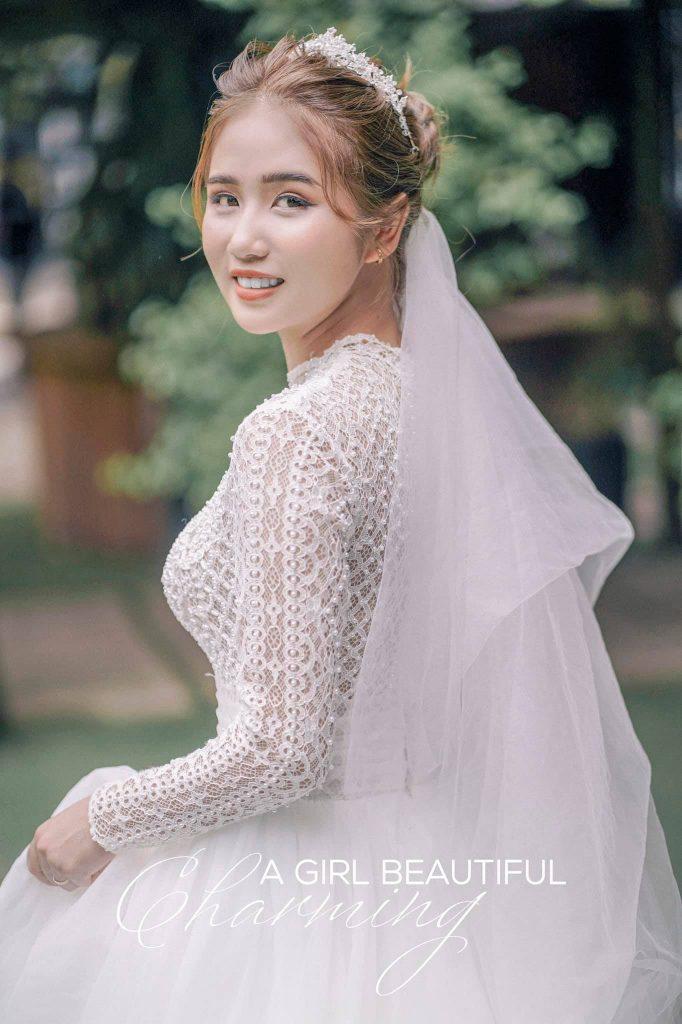 Váy cưới tầm trung