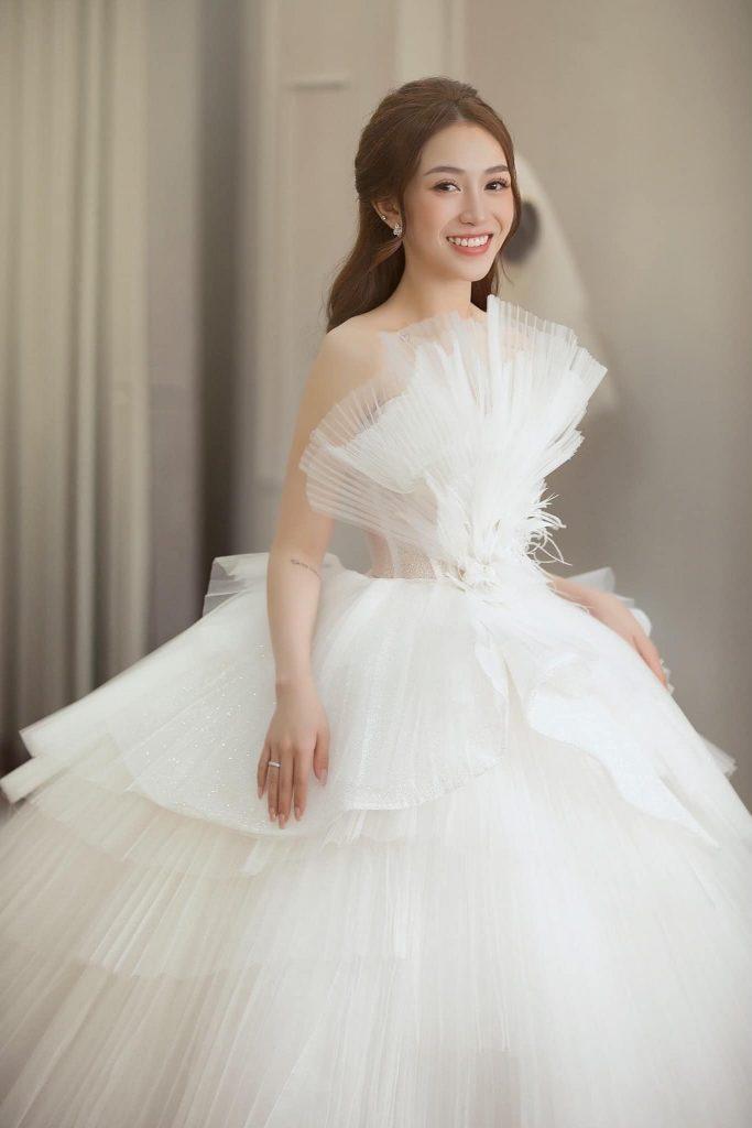 Phong cách cô dâu Trung Hoa